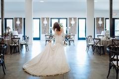 02-oakley-wedding-bride